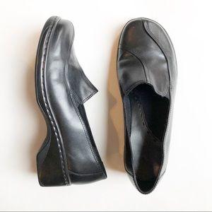 Clark's clogs black leather 8W